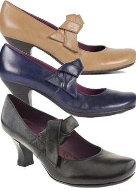 Philippa casual court shoes from Hush Puppies Leather uppers with